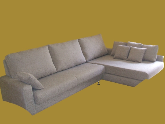 Sofá tres plazas con chaiselongue