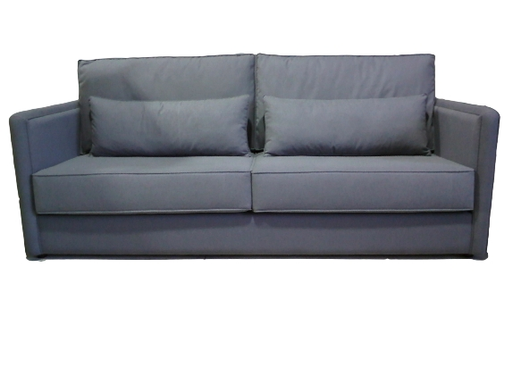 Clásico sofá dos plazas.